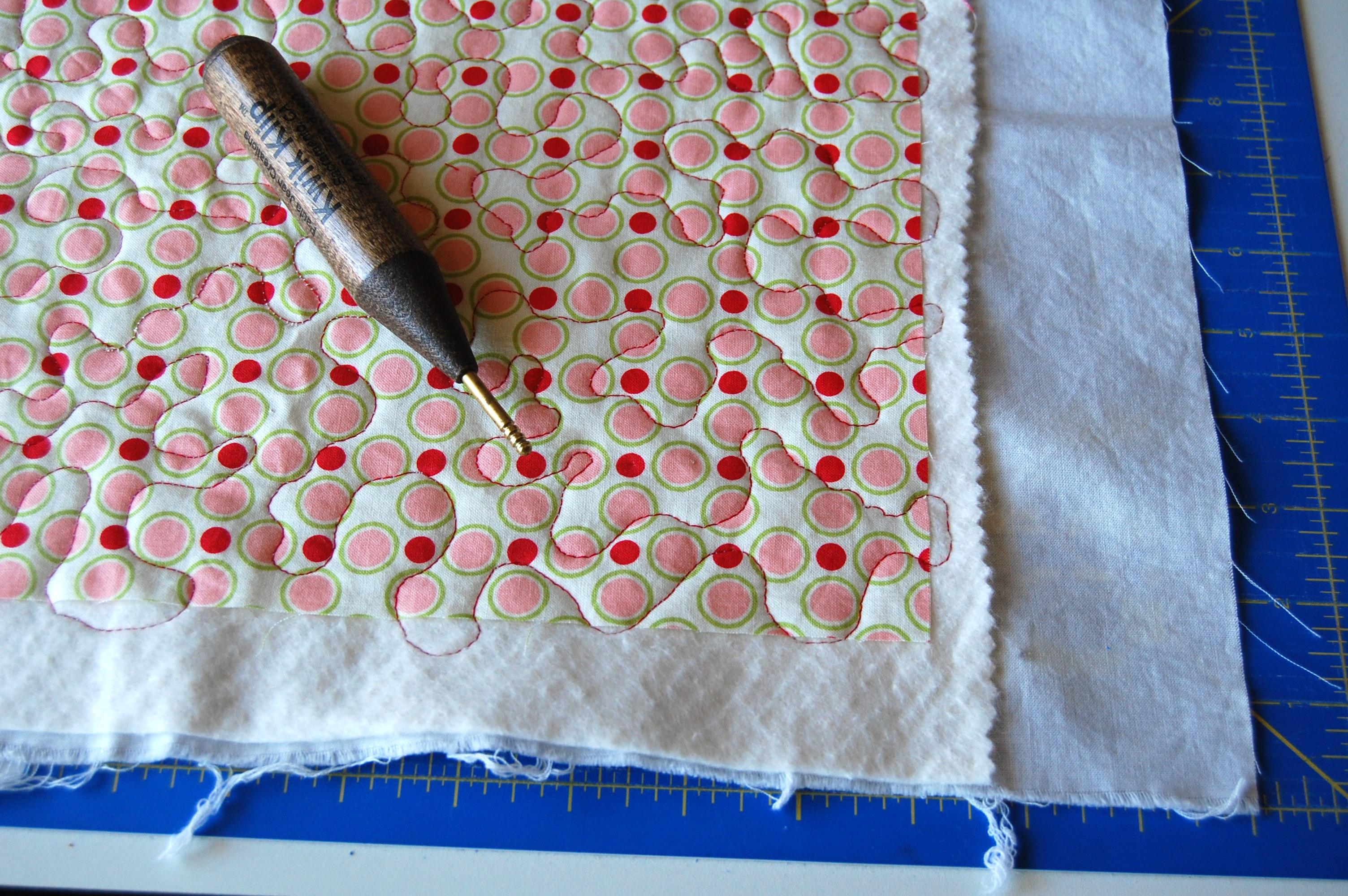 Machine Binding Tutorial   blooming poppies : machine binding a quilt - Adamdwight.com