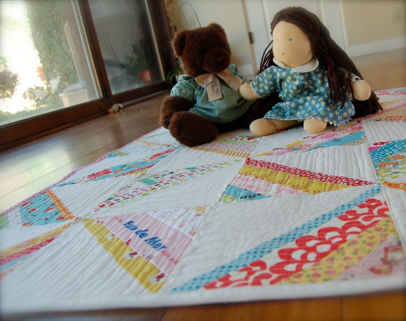 Scrappy Strings Square with bear and friend