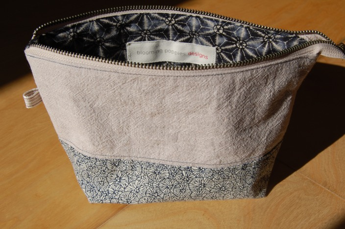 Linen Wide Mouth Zipper Pouch- open