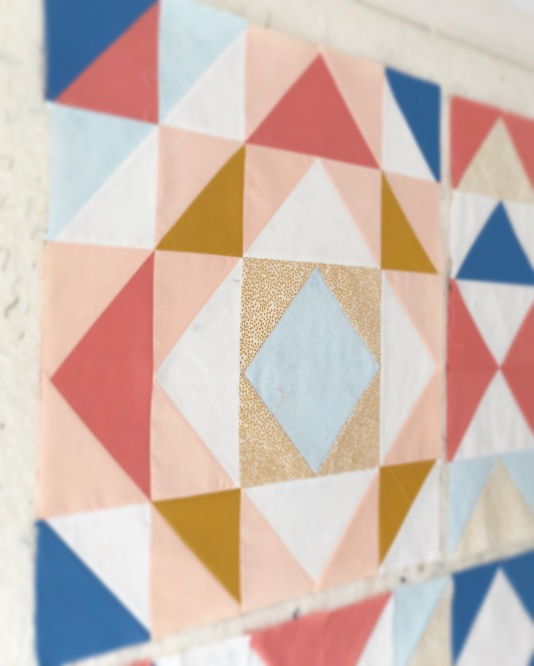 Road Trip Redux- A Modern Quilt Pattern | blooming poppies